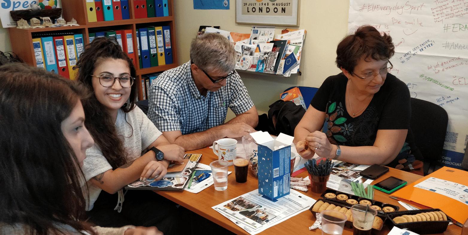 ACADEMY OF YOUTH WORKERS: Reunidos en Sofía para asentar las bases en el trabajo con jóvenes trabajadores